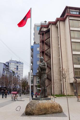 kosovo косово kosova isa boletini monument mitrovica косовска serbian митровица kosovska