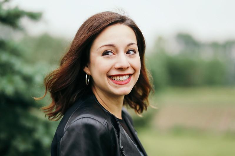A Singer portrait by Lockport portrait photographer