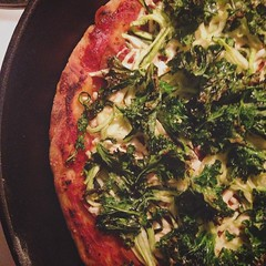 Vegan pizza night! Tomato sauce, @the_tofurky_company pepperoni, @daiyafoods mozzarella, garlic marinated zucchini and crispy kale. Yum! #vegan #veganshare #vegansofig #veganfoodporn #VeganInSanDiego #veganpizza #pizza #whatveganseat #p2tv #veganpizzagram