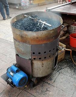 Εικόνα από Petaling Street (Chinatown). kualalumpur kl chinatown petalingstreet tumbler generator cooking ashes