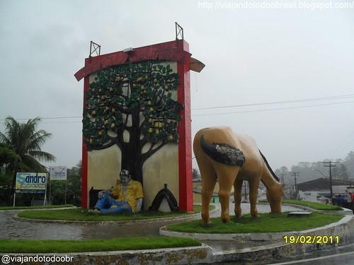Cajueiro - Monumento na entrada da cidade