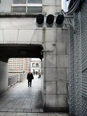 Traffic lights on Kachidoki bridge