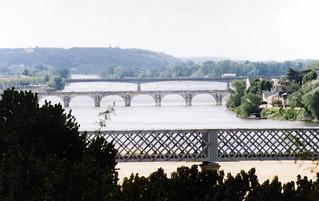 Loire bridges, Saumur