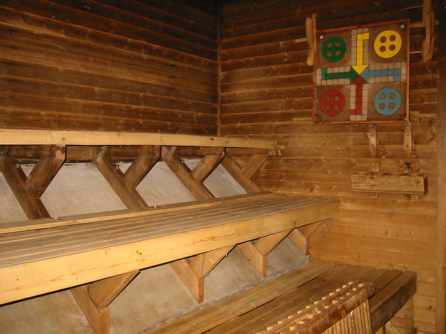 The men's sauna 3/6