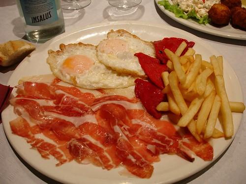 El colesterol y los alimentos perjudiciales - Alimentos a evitar con colesterol alto ...