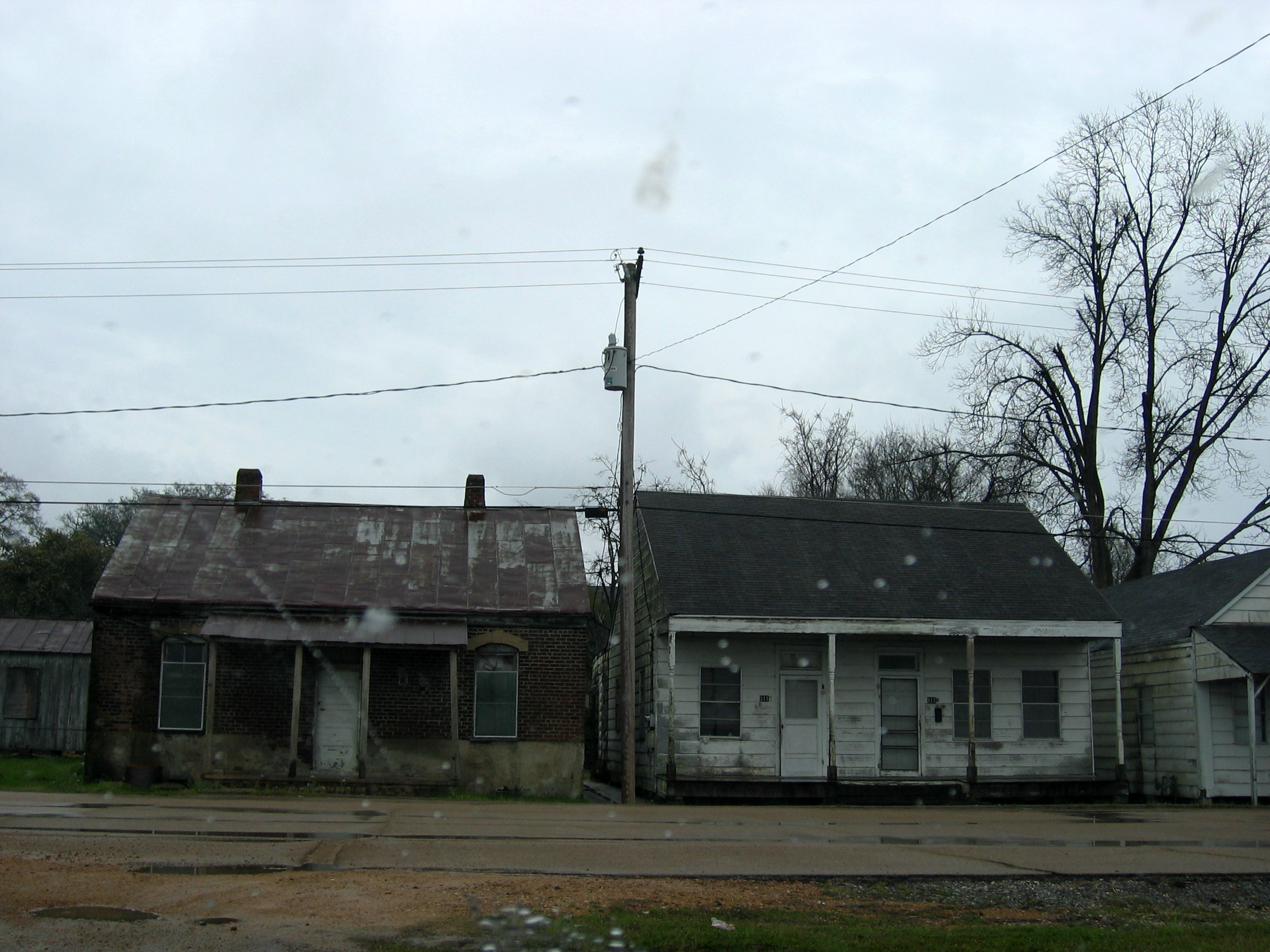 Rundown houses in nanchez explore activefree 39 s photos on for 0 down homes