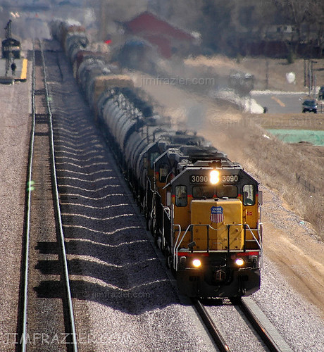 trains railroads lafox kane illinois unionpacific railway locomotive tracks equipment machinery roadtrip february 2006 technology industry business landscape scenery heavymetal creamofthecrop mostinteresting interestingness470 rail freighttrain freight q5 loud noisy commerce industrial power powerful might sublime majestic armouryellow yellow sharp focus blurry blur transportation engine rails up rural country countryside f10 v1000 lafoxuptrains f20 v2000 projecttrainfromeachstate v5000 explored oddprint batblog diesel f50 f100 ©jimfraziercom jfpblog v10000 wmembed fastpictures infrastructure ctpblog v20000
