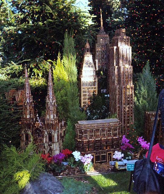 014 11a1 Bronx Botanical Gardens Holiday Train Show Flickr Photo Sharing