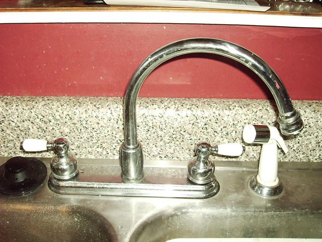 Leaky Faucet Delta Kitchen