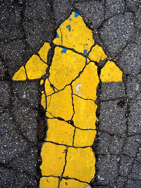 Yellow Driveway Arrow