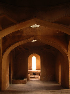 Arches makes light-work of tombs