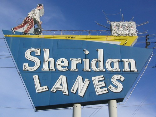 Sheridan Lanes neon sign daylight