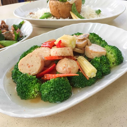 keatlin_angmokio_broccoli_with_mock_scallop