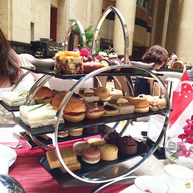 Afternoon Tea at The Courtyard, Fullerton Hotel