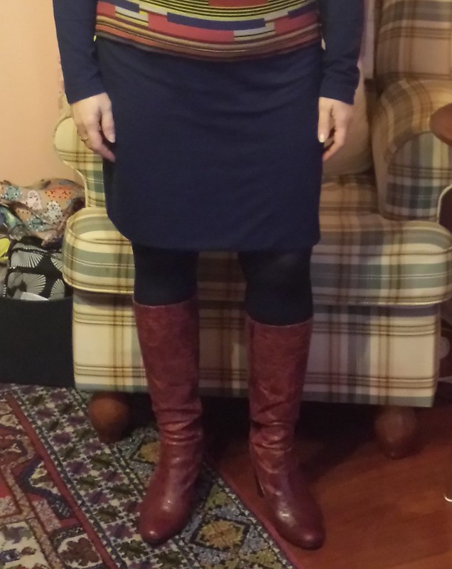 Style Arc Fay skirt in knit from Darn Cheap Fabrics
