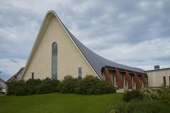 Flott kirke på øya