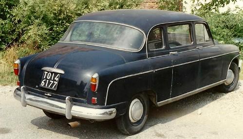 Fiat 1400 Francis Lombardi