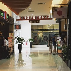shopping, outlet store, interior design, lobby, shopping mall, retail-store,