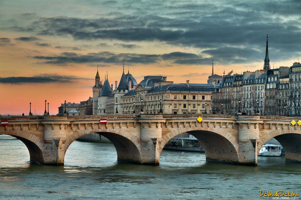 Paris - Pont Neuf (France)