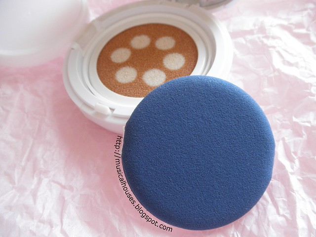 Etude House Any Cushion Pearl Aura Sponge
