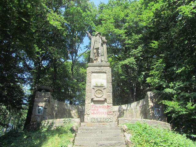 130er- oder Kellerkopfdenkmal
