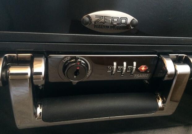 161210 ゼロハリバートンのスーツケースで旅に出よう!セール開催中