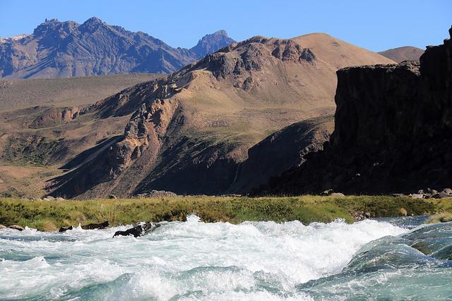 Río Maule, Valle de los Cóndores