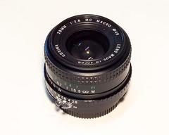 Cosina 28mm f/2.8 MC Micro
