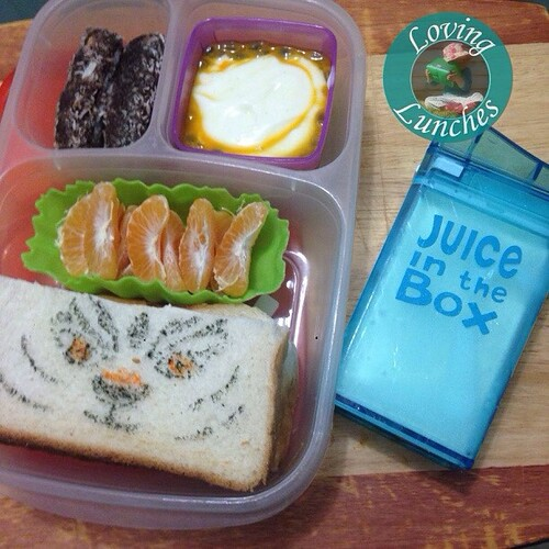 Loving an @easylunchboxes for Miss M tomorrow… she asked for #Tigress again so I got out the FooDoodlers and free handed on her sandwich 😳 Some mini lamingtons from the freezer, yoghurt with passionfruit and milk in her @boardwalkimports #juiceint