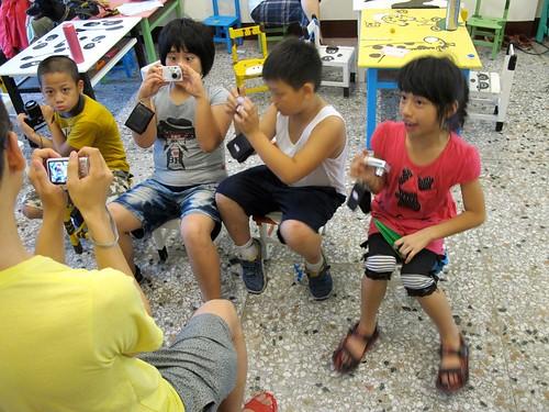攝影社讓孩子以不同視角認識自己的鄉土。圖片提供:陳慶元。