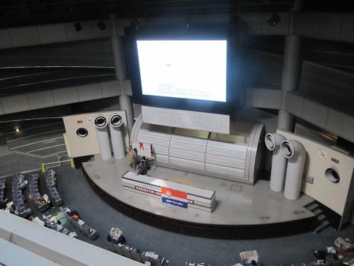 中山競馬場のメディアホール3階