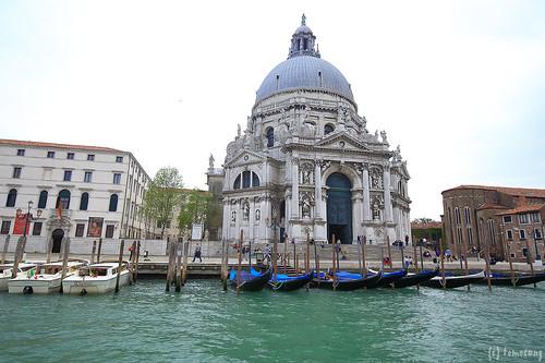 Venezia : Basilica di Santa Maria della Salute
