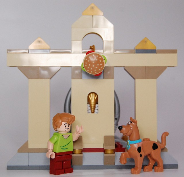 Review - 75900 Scooby-Doo:Mummy Museum Mystery από BRICKSET 19243597063_a41970a035_z