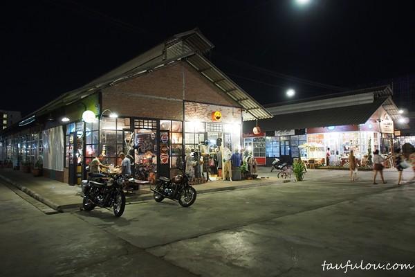 Train Market (60)
