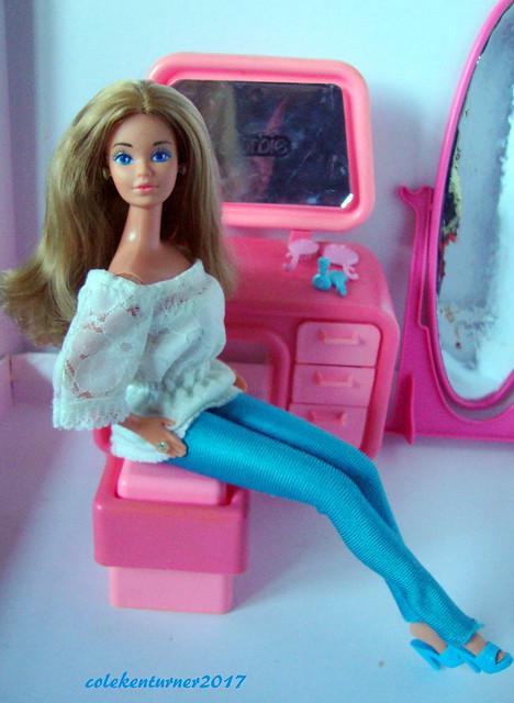 Barbie Dream Date PJ, Sony DSC-W220