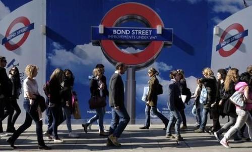 英国家庭负债迅速增长,平均无担保债务达12887英镑