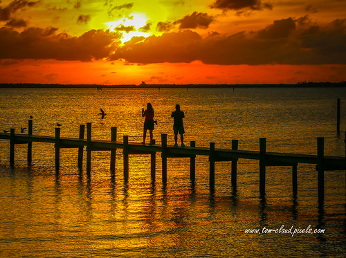 sun sunrise clouds cloudy morning pier people river indianriver jensenbeach florida usa nature mothernature weather seascape outdoors outside