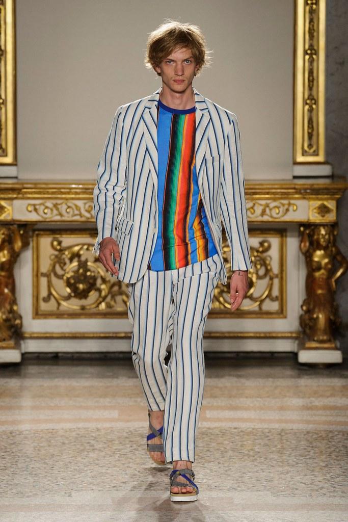 Paul Boche3677_1_SS16 Milan Stella Jean(fashionising.com)