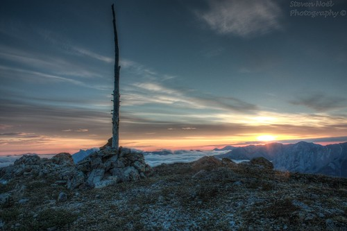 cloud mountain sunrise dawn summit hdr cairn scrambling