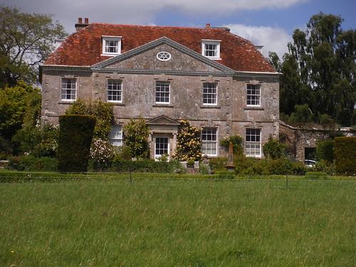 Hyde's House, Dinton