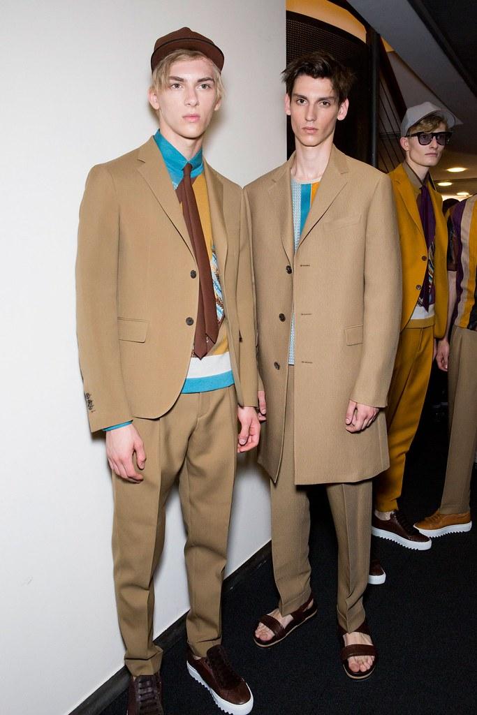 Dominik Sadoch3346_SS16 Milan Salvatore Ferragamo_Anthony Gilardot(fashionising.com)