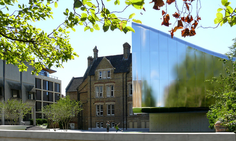 Middle East Centre, St Anthony's College, Oxford by Zaha Hadid 3