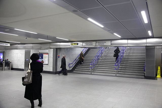 Victoria LU - north ticket hall exit stairs