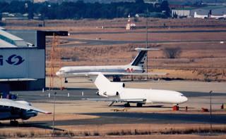 Safair B727 and Libyan IL-62 5A-DKT