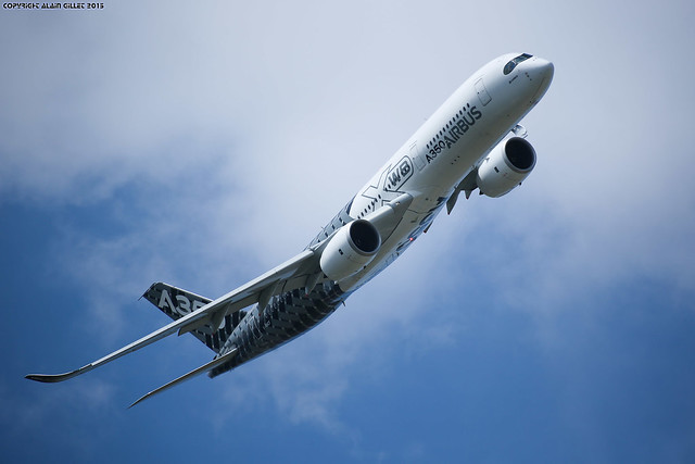 Paris Air show 2015 Airbus A350 (Validation flight)
