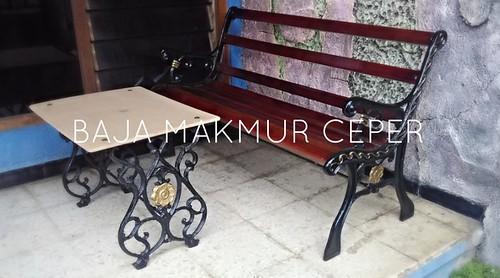 Gallery Kursi dan Meja