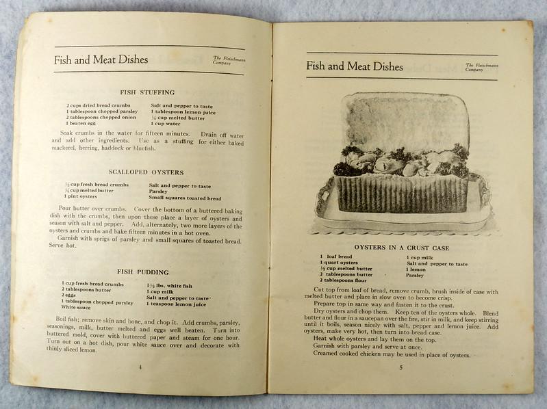 RD4157 1919 Fleischmann Yeast Cook Book Booklet - 65 Delicious Dishes DSC08636