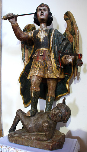 Imagen de San Miguel Arcángel (¿S.XVI?) (Iglesia de San Lorenzo) [Serradilla del Arroyo] {Salamanca}