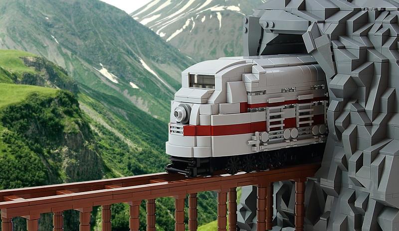 LEGO Train MOC: On Track