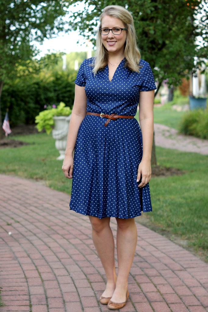 polka dot dress with cognac accessories